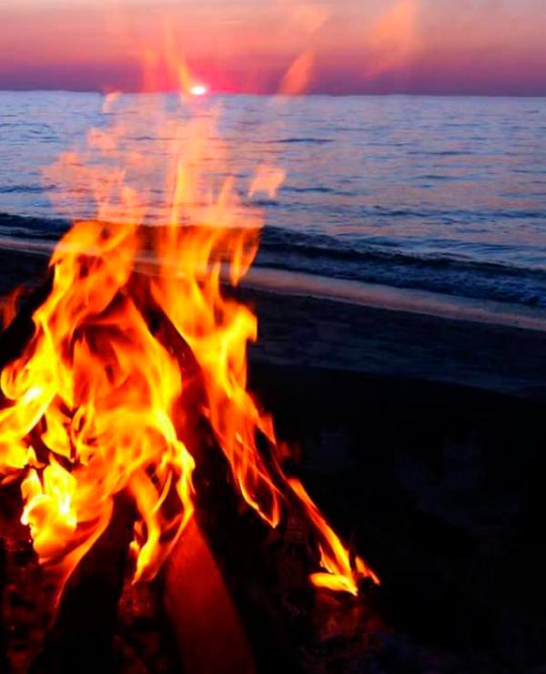 Resultado de imagem para fogueira